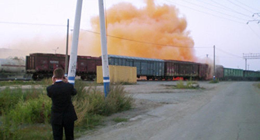 Fumée toxique dans l'Oural: les 6.000 réservoirs de brome étaient endommagés (enquête)