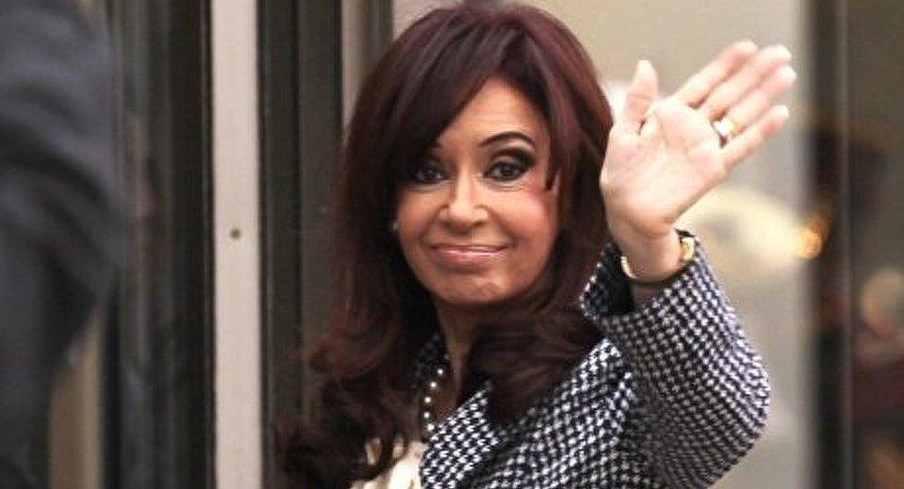 Argentine/présidentielle: Cristina Kirchner réélue