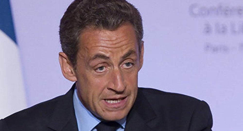 Zone euro : Sarkozy s'en prend à Cameron