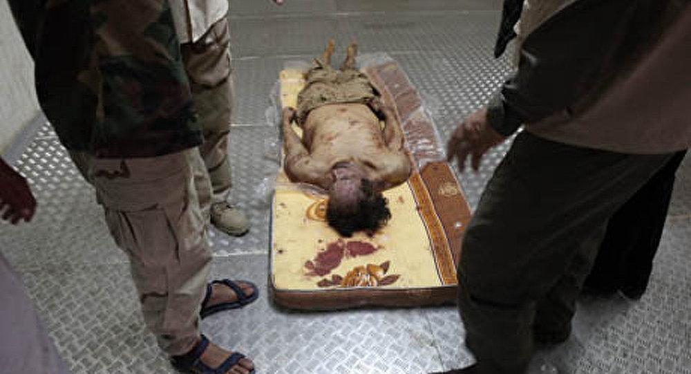 Libye: le corps de Kadhafi n'est plus exposé au public