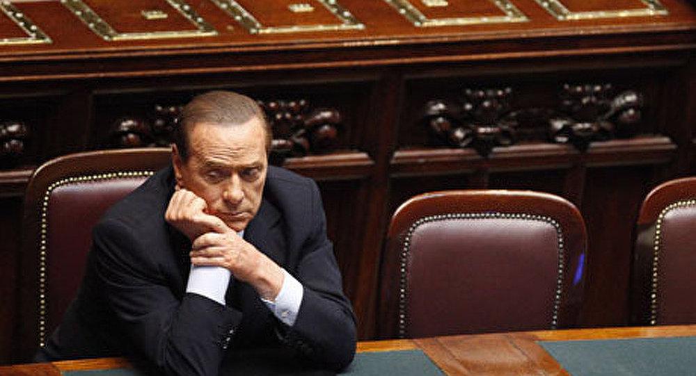 La démission de Berlusconi, une issue ?