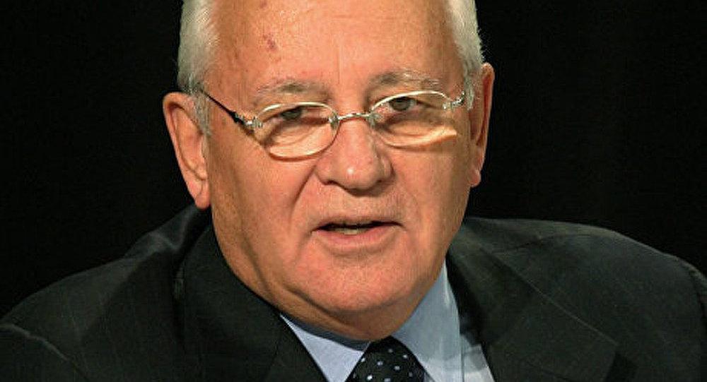 Le monde devrait tirer des leçons du printemps arabe (Gorbatchev)