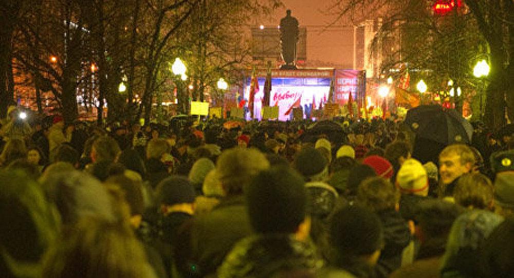 Сentaines d'arrêtées à Moscou et à Saint-Pétersbourg