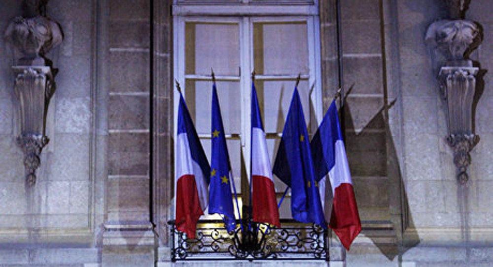 La France va-t-elle vraiment perdre son triple A ?