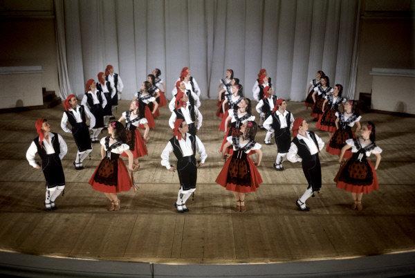 Le ballet d'Etat d'Igor Moïsseïev a été fondé en 1937. Sur la photo: Aragonaise, 1966