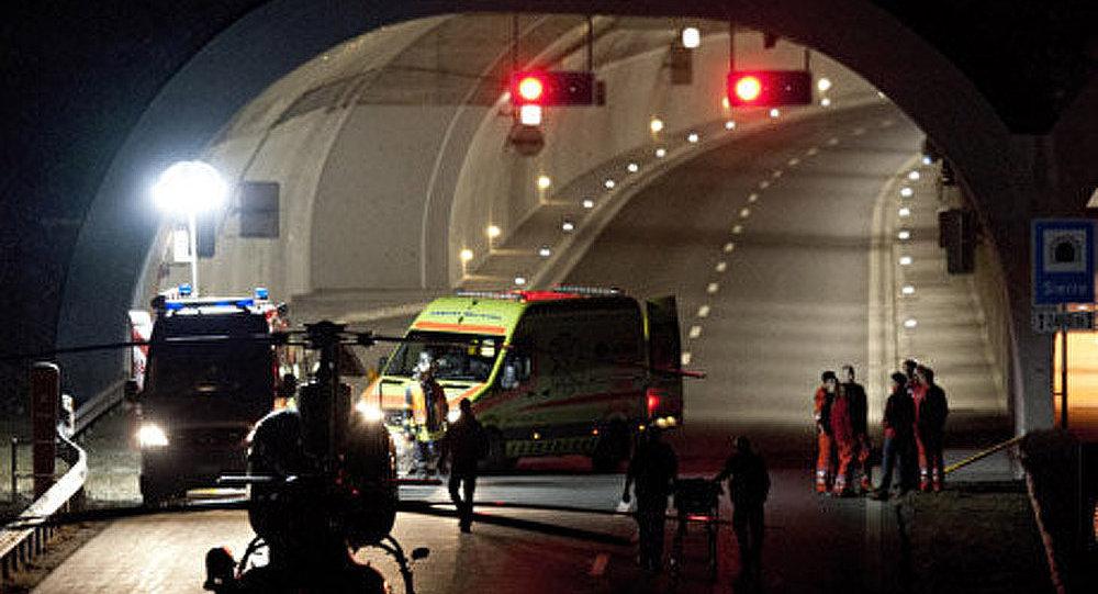 L'état des enfants blessés dans l'accident d'autocar en Suisse jugé critique
