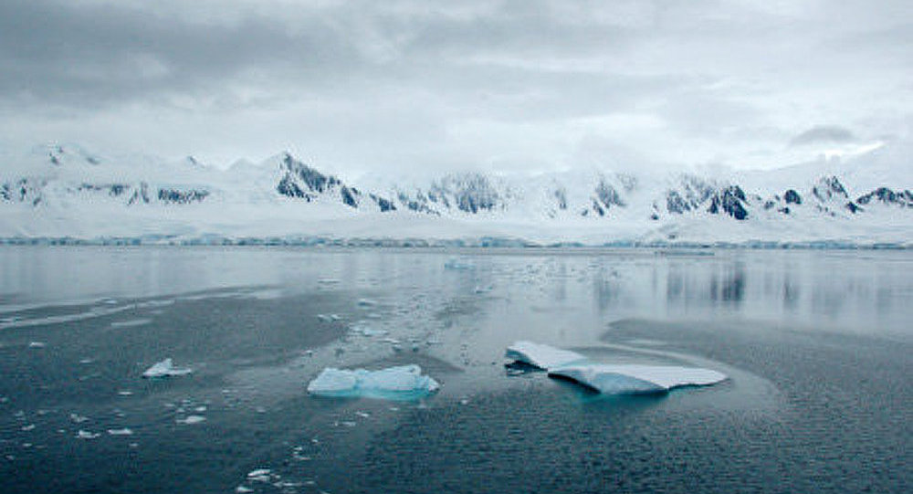 Développer la présence militaire en Arctique