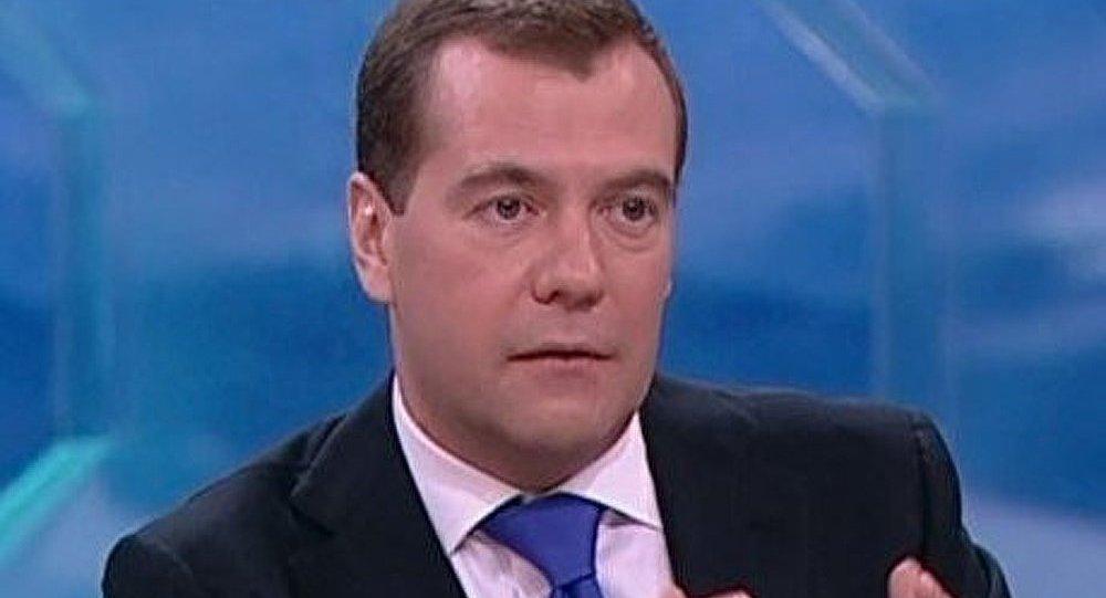 Medvedev a l'intention de remanier sérieusement le gouvernement