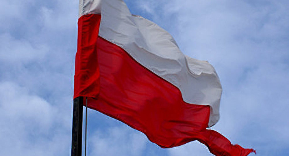 Le nom de Lénine réapparait au dessus des chantiers navals polonais