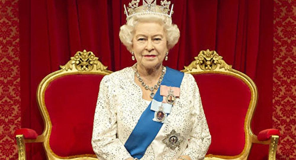 Monarchie britannique coûte presqu'autant que Facebook