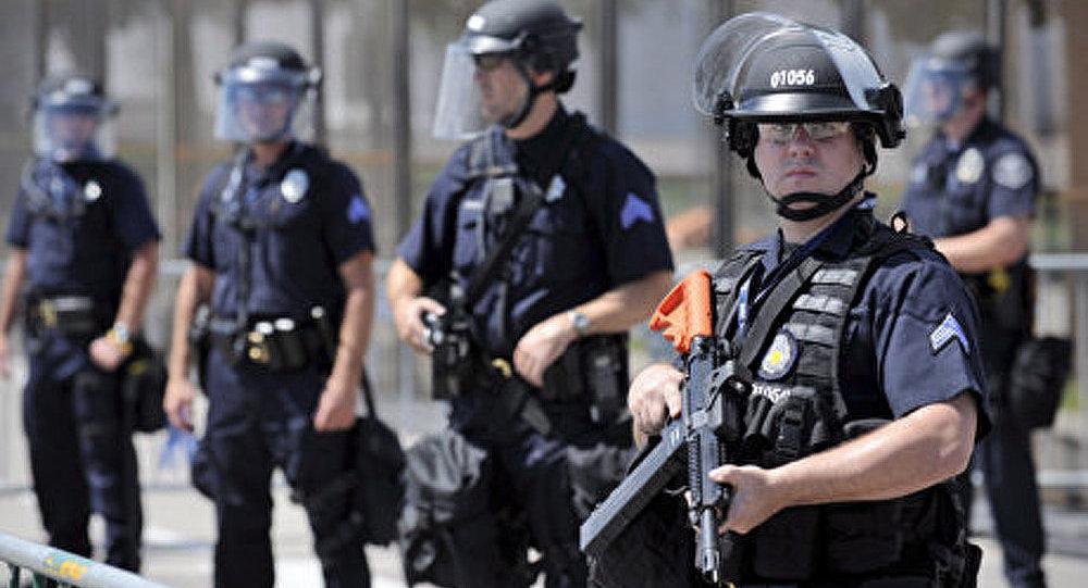 Tuerie de Denver : les autorités US ne compte par changer la loi sur le port d'armes