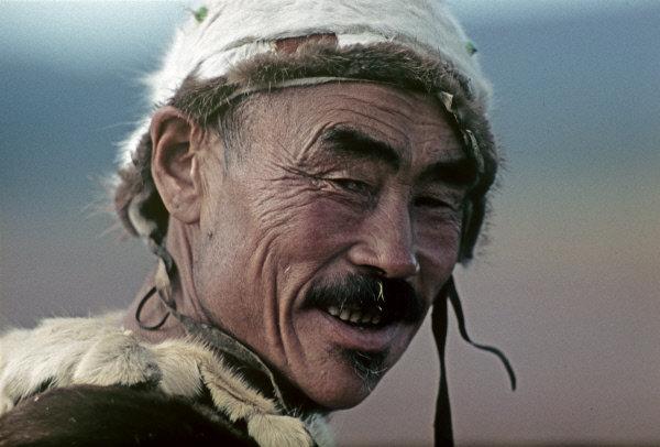 Les Koriaks parlent le koriak qui se divise en plusieurs dialectes : le tchavtchouvène, le karaghine, l'apoukine, l'alioutor, le palan, le kahtanine, le rekinnikov, le kamène, l'itkan, le parène, le gijighine.