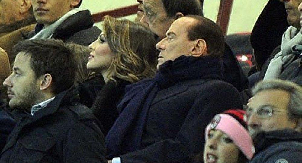 Berlusconi « persécuté » par des juges « féministes et communistes »