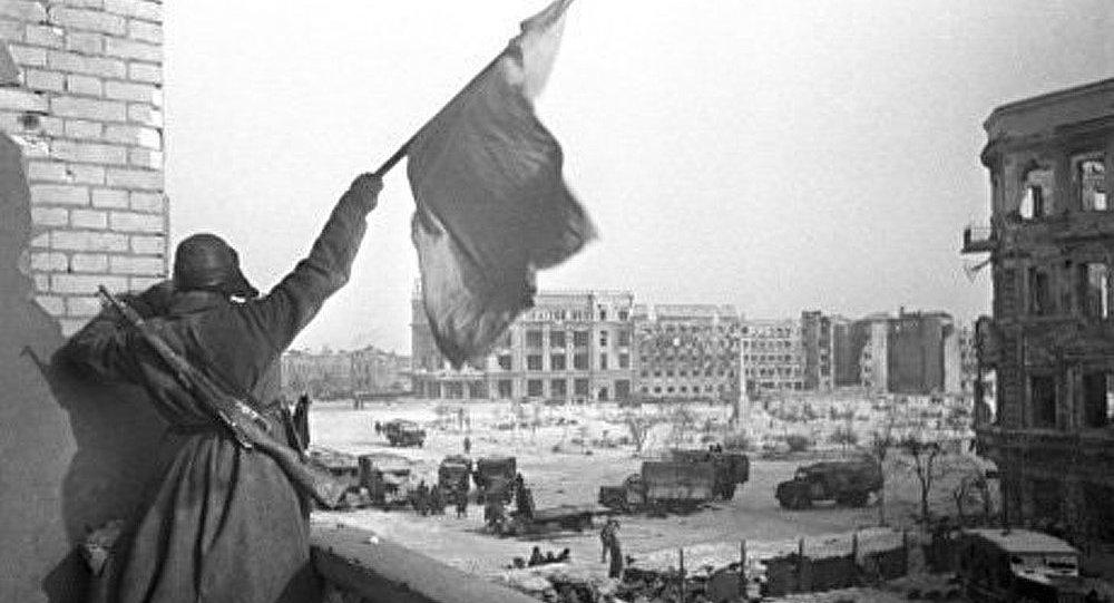 Commémorations du 70e anniversaire de Stalingrad en Russie et dans la CEI