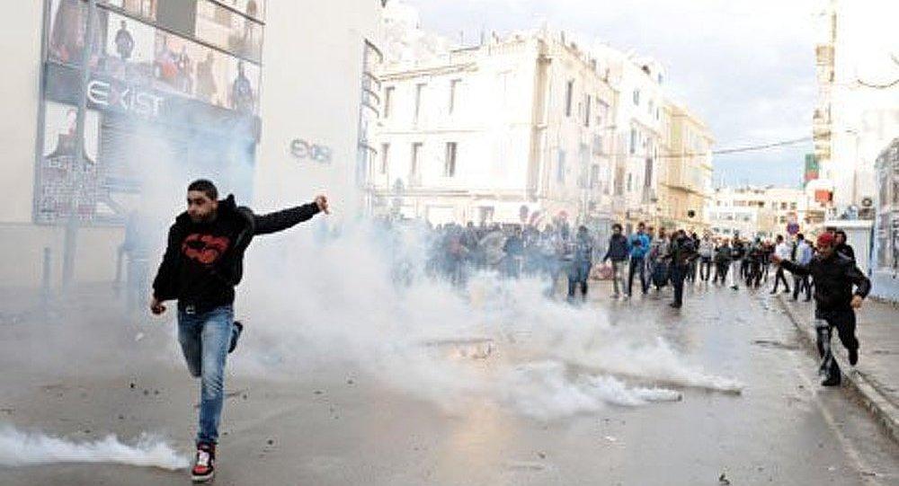 Les troubles continuent en Tunisie