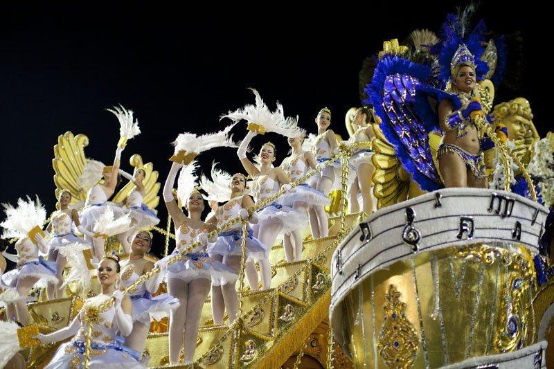 Samba : tout le monde danse !