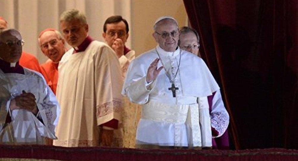 Le nouveau pape est connu pour la vie simple