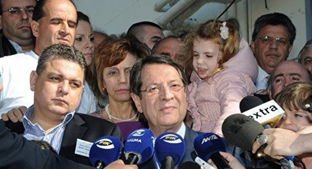 Le Président de Chypre déclare que la taxe est une alternative à la faillite