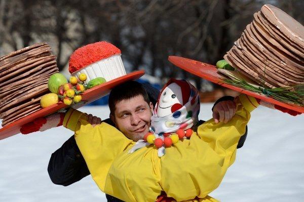 Sur la photo : les festivités de la Maslenitsa à Grozny le 16 mars 2013.