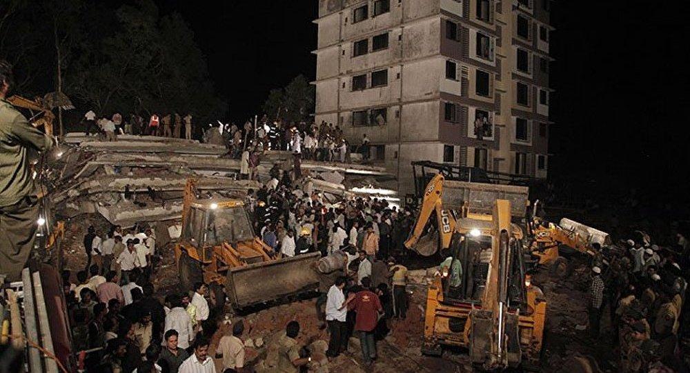 Inde : 9 personnes arrêtées dans le cas d'un immeuble effondré