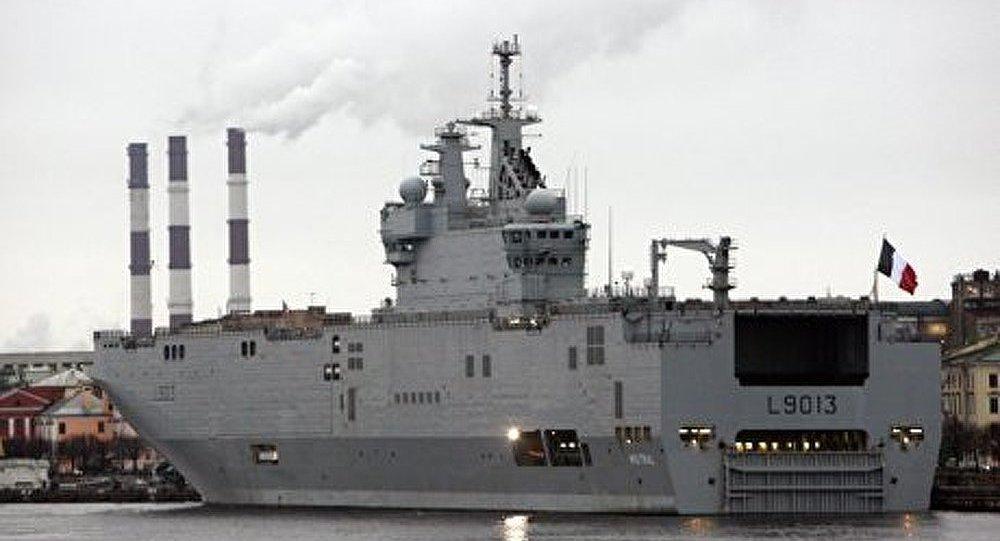 Le porte h licopt res mistral fera partie de la flotte de for Porte helicoptere