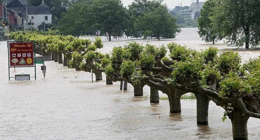 Prague : l'inondation est à son point culminant