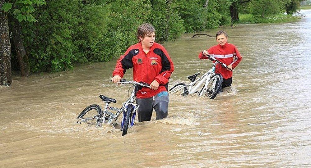 L'inondation menace la Slovaquie et la Hongrie