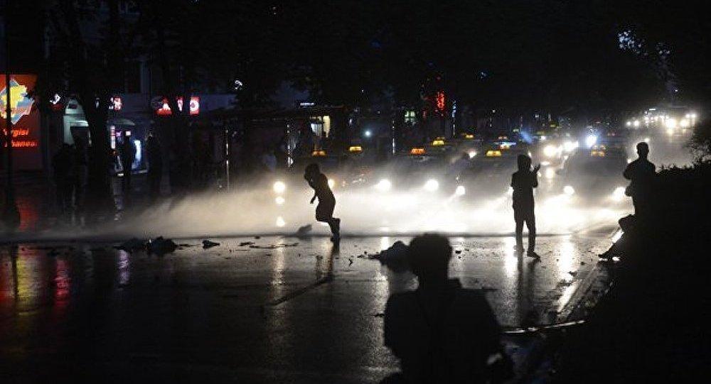 Ankara : la police a tiré des gaz lacrymogènes lors des manifestations