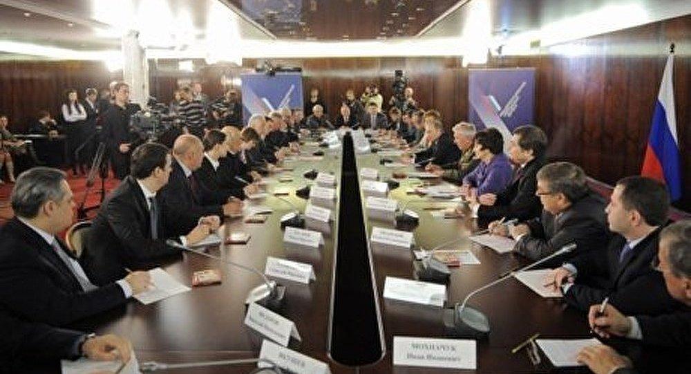 Le Front populaire panrusse reçoit un nouveau statut