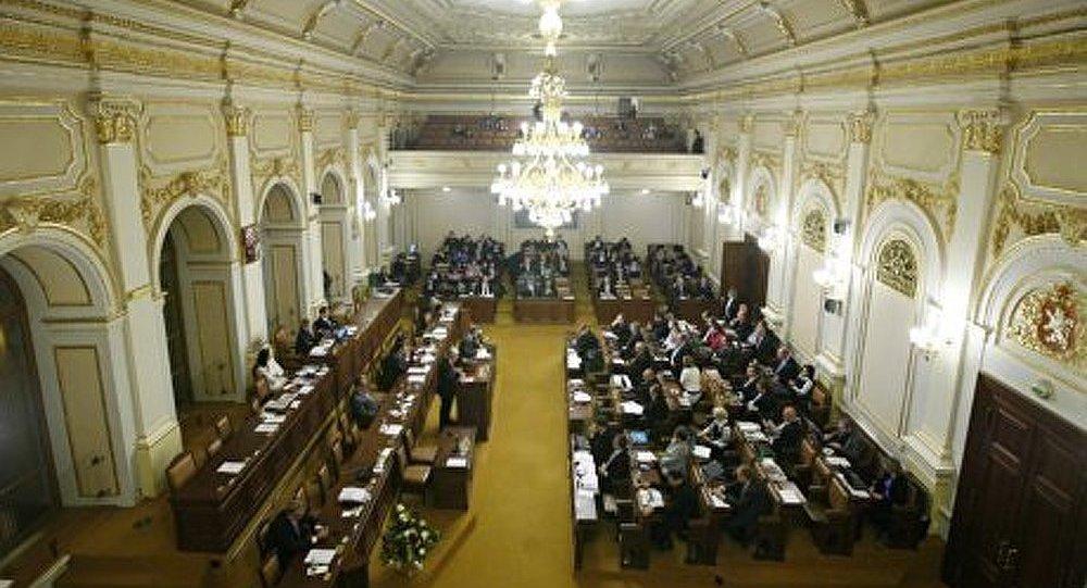 Le premier ministre tchèque remettra sa démission mardi