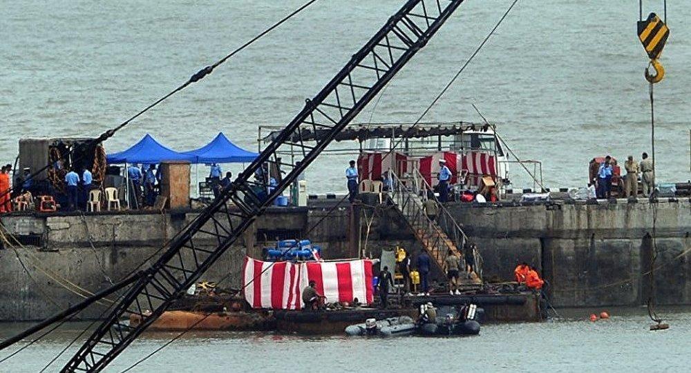 Explosion du sous-marin indien : les plongeurs retrouvent le 8e corps