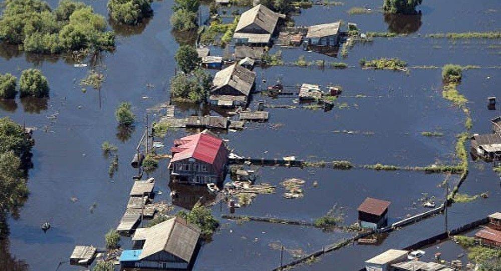 Les inondations en Russie font leurs premières victimes