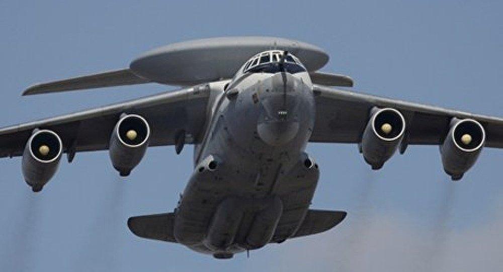 Les armées de l'air russe et américaine s'en prennent au « terrorisme » aérien