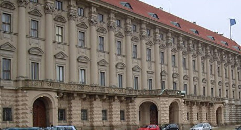 République tchèque : le président dissout le parlement