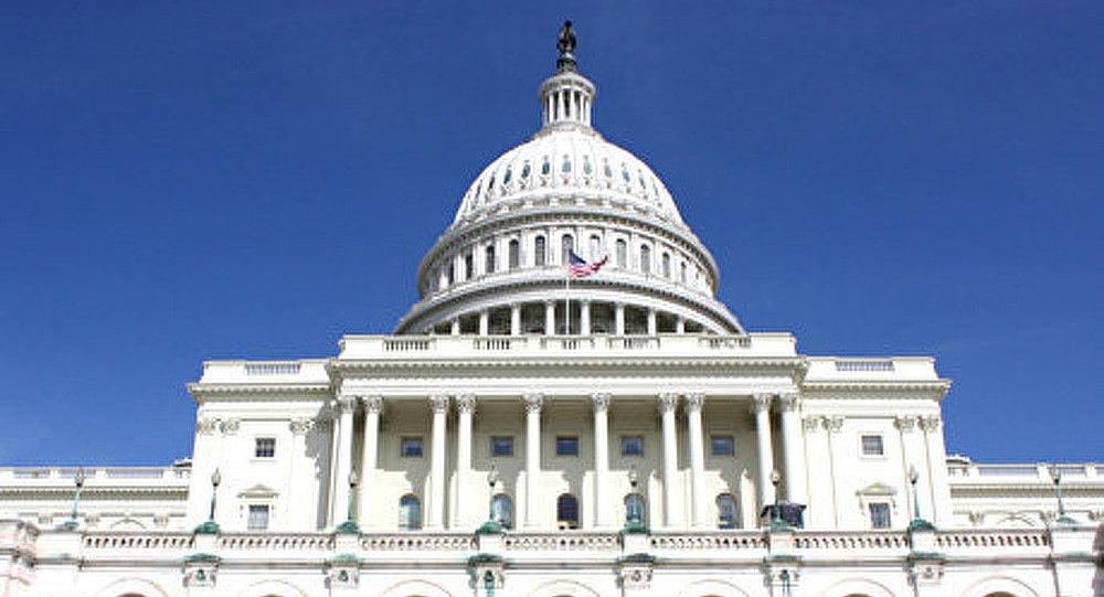 Une commission du Sénat américain approuve les frappes contre la Syrie