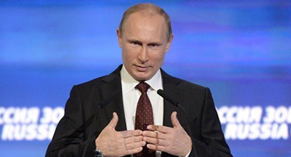 Poutine : les espoirs de rétablissement de l'économie mondiale pas réalisés