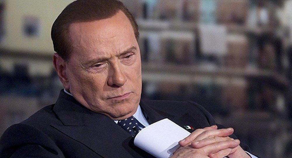 Berlusconi de nouveau devant les tribunaux pour corruption