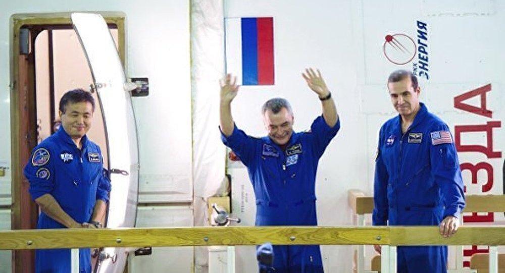 L'équipage de l'ISS olympique a volé à Baïkonour