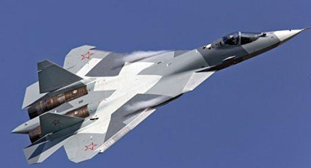 Le cinquième chasseur T-50 entame les essais en vol