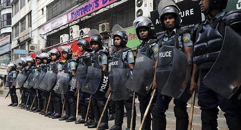 Bangladesh : les heurts entre la police et les manifestants se poursuivent