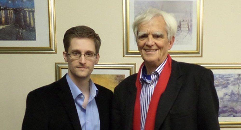 Edward Snowden et Hans-Christian Ströbele