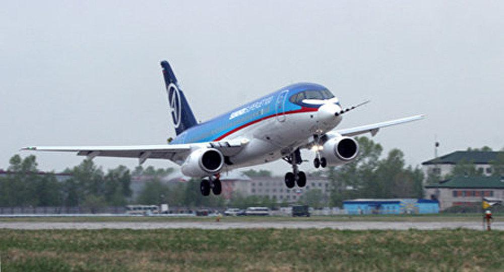 Soukhoï SuperJet-100 : la Chine veut acheter des avions russes