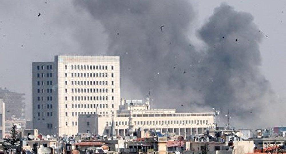 Un obus de mortier tombe dans le centre de Damas