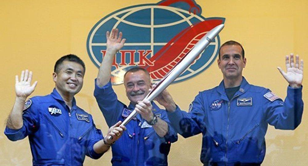 JO : la flamme olympique prête pour son lancement dans l'Espace