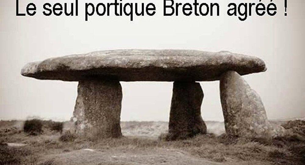 « Seul portique autorisé en Bretagne »