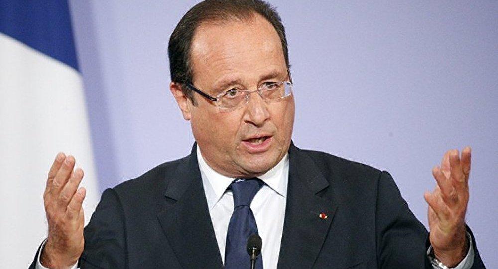 François Hollande : chute de popularité record