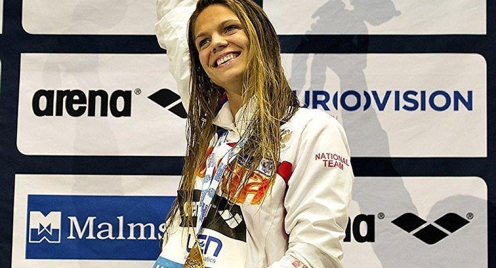 La Russe Ioulia Efimova bat le record mondial aux Championnats européens de natation