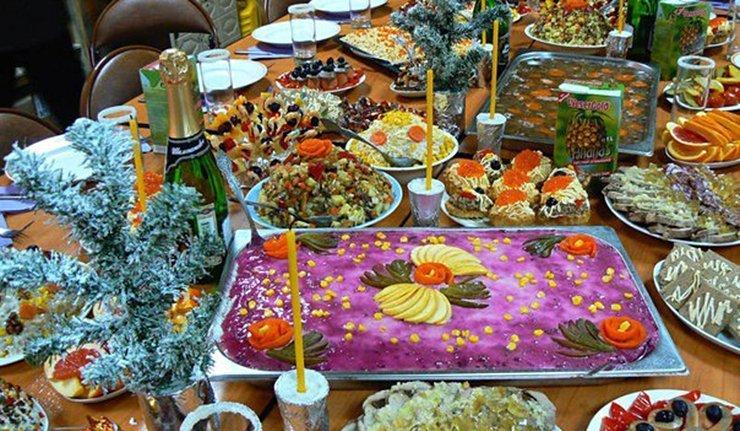 Livres de cuisine le repas de no l la russe sputnik - Cuisine traditionnelle russe ...