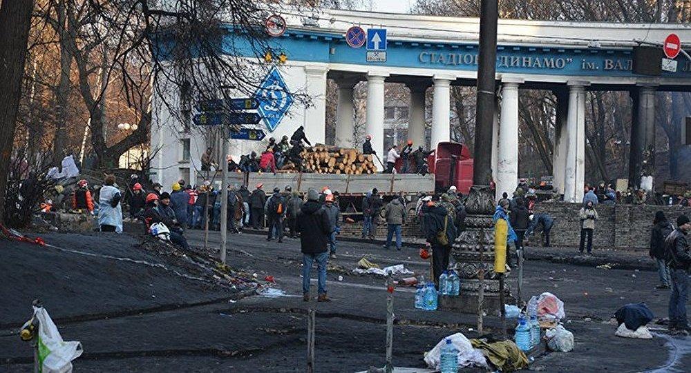 Ukraine : Jean-François Kahn dénonce les va-t-en-guerre