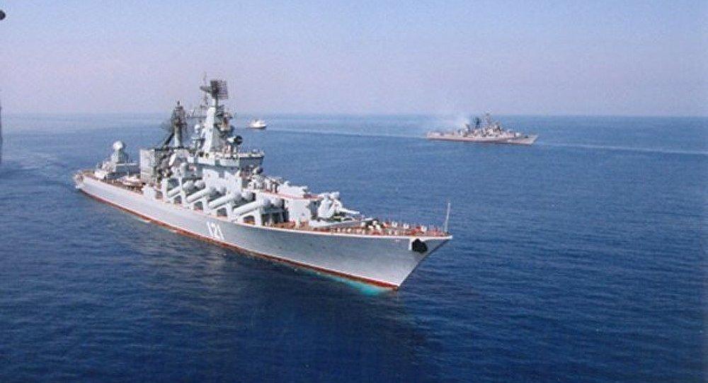 Le commandant de la Flotte russe à Sébastopol a visité le siège de la marine ukrainienne